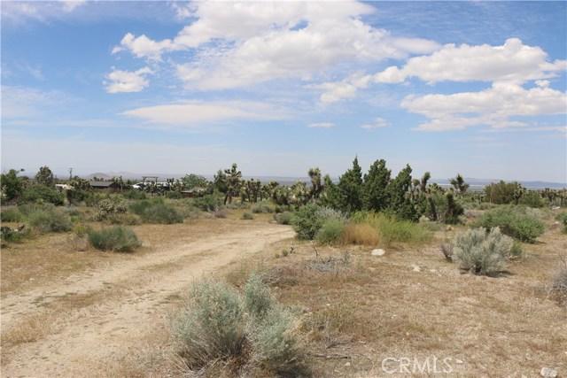 1150 Locust Road, Pinon Hills CA: http://media.crmls.org/mediascn/cd181529-ec12-42ed-bf02-171da83eac2d.jpg