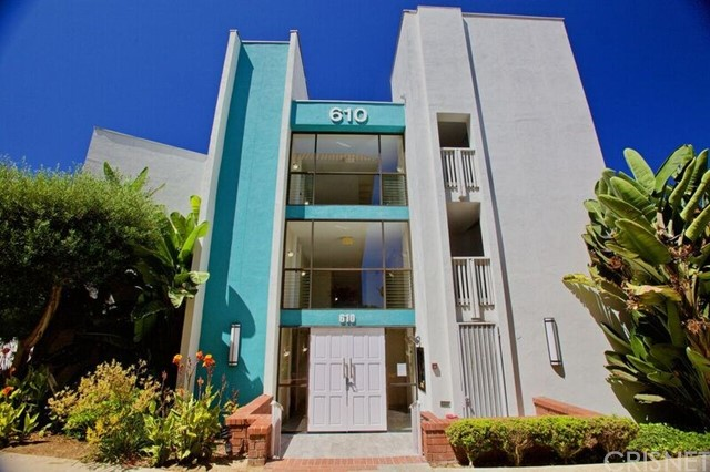 610  The Village, Redondo Beach in Los Angeles County, CA 90277 Home for Sale