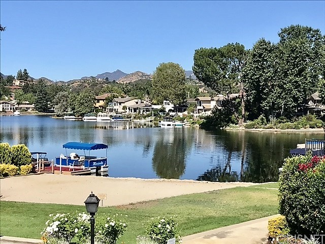 32116 BEACHLAKE LANE, WESTLAKE VILLAGE, CA 91361  Photo 3