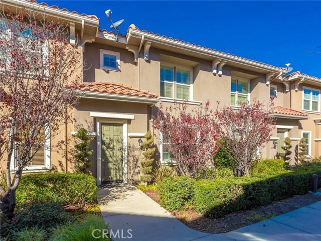 27280 Riverview Lane, Valencia CA 91354