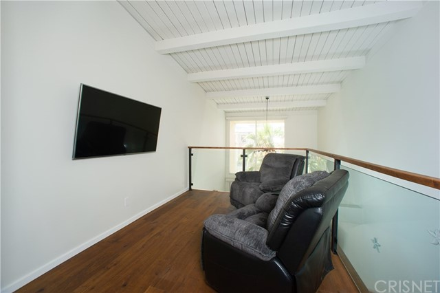 22 E Navy St, Santa Monica, CA 90291 Photo 10