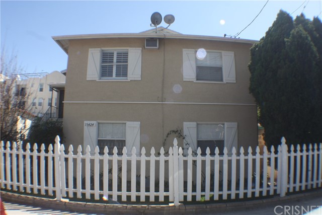 Single Family for Sale at 15424 Tupper Street North Hills, California 91343 United States