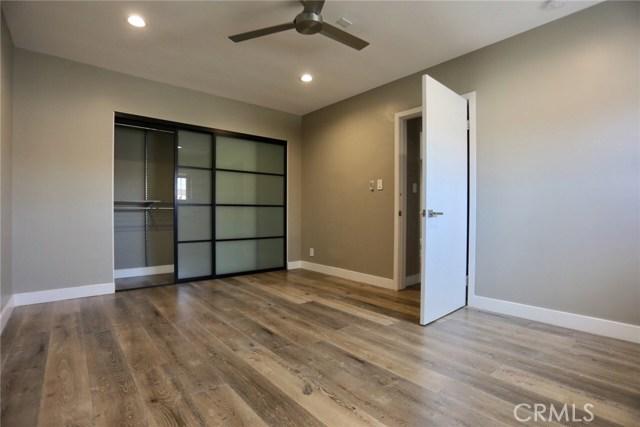 400 S Mariposa Avenue, Hollywood CA: http://media.crmls.org/mediascn/ceb085e3-6fd1-4a3f-90c4-42f520342507.jpg