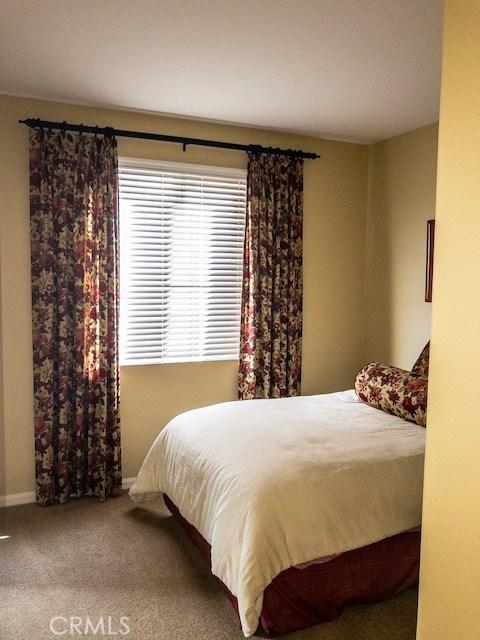 2029 Tangerine Street, Palmdale CA: http://media.crmls.org/mediascn/ceca620a-c046-4d47-bbb0-c34f06a45940.jpg