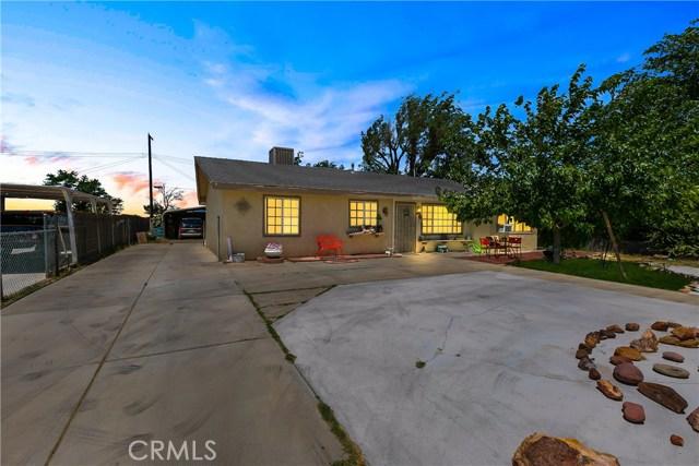 3391 Haven Street, Rosamond CA: http://media.crmls.org/mediascn/ceccccf6-2632-4084-9a89-37fc99685c33.jpg