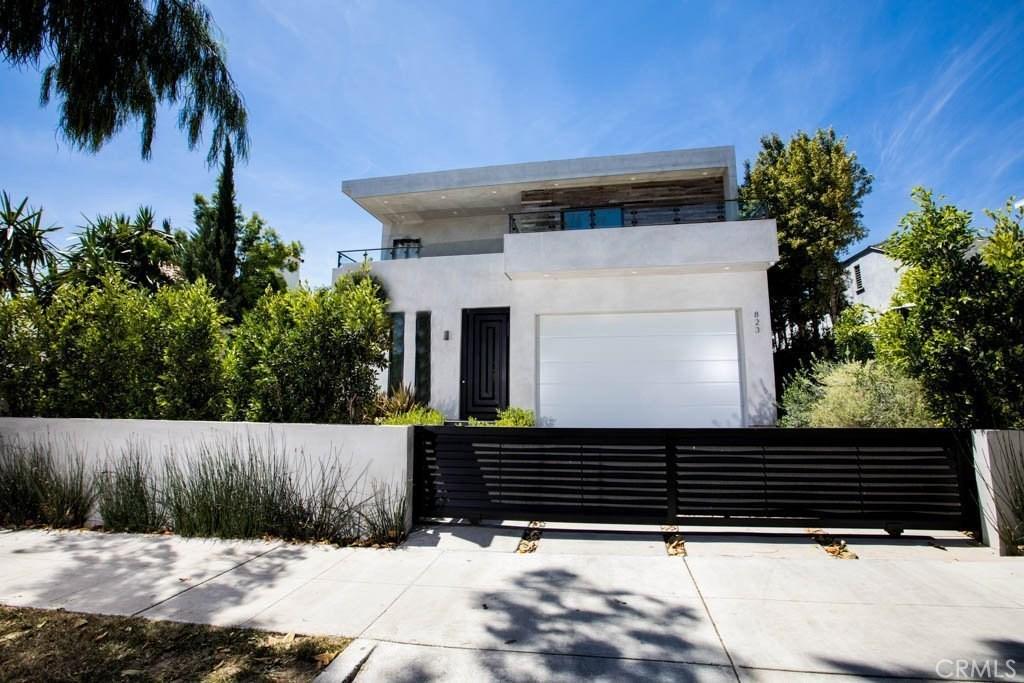 823 North Gardner Street, Los Angeles (City), CA 90046