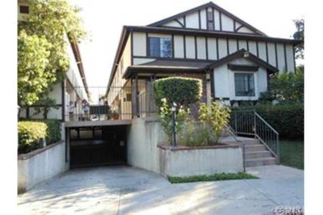 Townhouse for Rent at 19620 Wyandotte Street Reseda, California 91335 United States