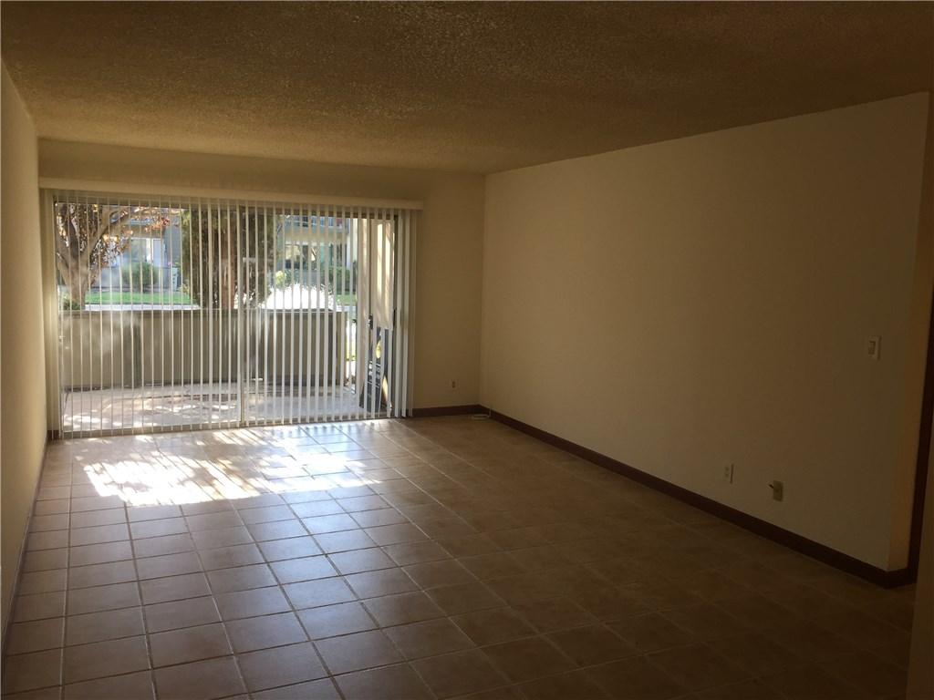 25735 Hogan Drive Unit E13 Valencia, CA 91355 - MLS #: SR17191685