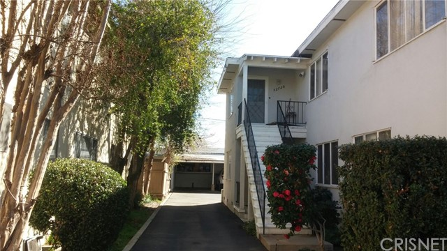 Single Family for Sale at 5270 Bellingham Avenue Valley Village, California 91607 United States