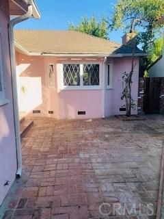 4329 Agnes Avenue, Studio City CA: http://media.crmls.org/mediascn/cf25a8b3-3799-4f33-915e-dfebde6ef5df.jpg
