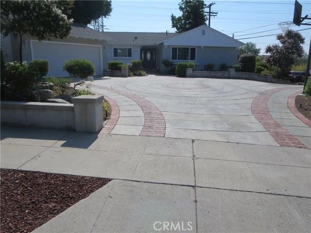 10836 Chimineas Avenue, Porter Ranch CA: http://media.crmls.org/mediascn/cf576f78-fba6-4a5c-8228-25946ca1ef38.jpg