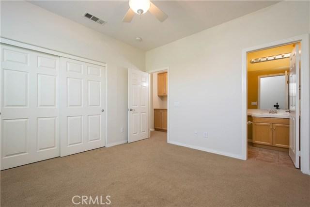 27163 Cedar Ridge Place, Valencia CA: http://media.crmls.org/mediascn/cf5783c7-7184-4f0f-b1a4-252b0f92e3b2.jpg