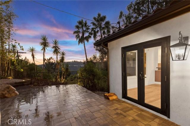 7436 Del Zuro Dr, Los Angeles, CA 90046 Photo 18
