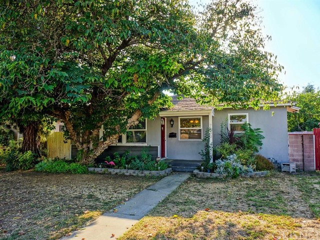 Property for sale at 7433 De Soto Avenue, Canoga Park,  CA 91303