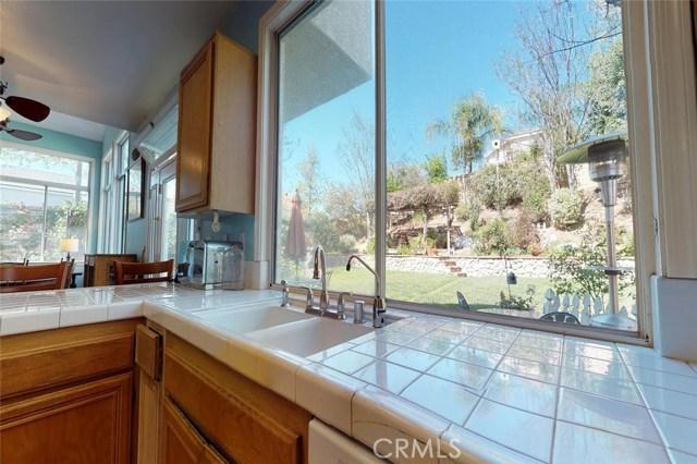 23811 Foxwood Court, Valencia CA: http://media.crmls.org/mediascn/cf770d64-4a4c-4ad5-a8ec-6d2b404c7192.jpg
