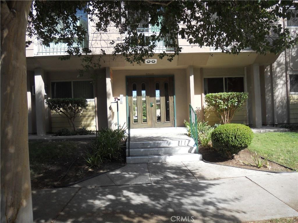 Photo of 6040 NEVADA AVENUE #10, Woodland Hills, CA 91367