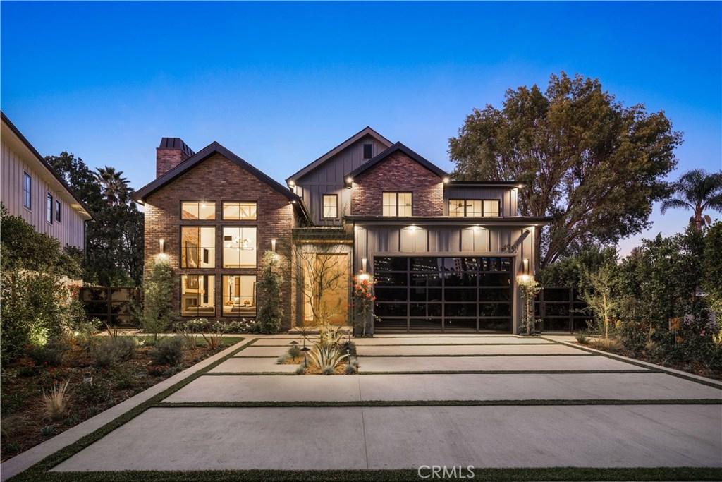 Photo of 4961 EDGERTON Avenue, Encino, CA 91436