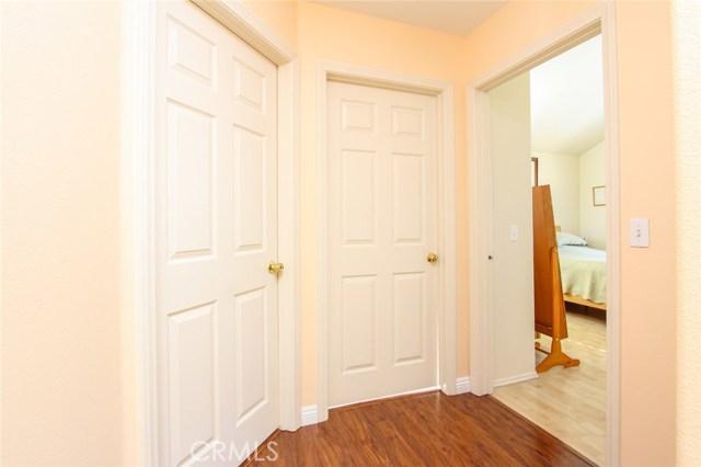 6923 Hazeltine Avenue Unit B Van Nuys, CA 91405 - MLS #: SR18225502