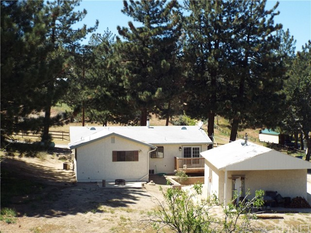 Single Family Home for Sale at 40100 97th Street Leona Valley, California 93551 United States
