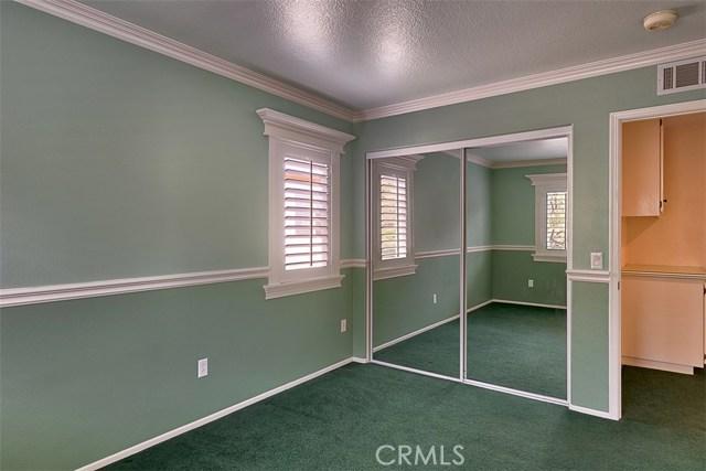 26061 Salinger Lane, Stevenson Ranch CA: http://media.crmls.org/mediascn/cfe7badb-fb38-4e88-8ff7-bfd335dcfab1.jpg