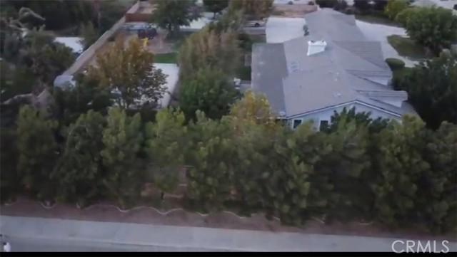 42411 27th W Street, Lancaster CA: http://media.crmls.org/mediascn/d04840b0-3bf5-473c-aced-a57d754a88de.jpg