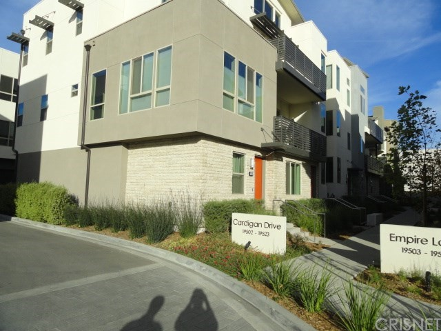 Townhouse for Rent at 19502 Cardigan 19502 Cardigan Northridge, California 91324 United States