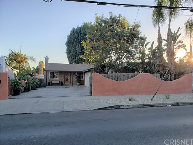 12479 Bradley Avenue, Sylmar CA: http://media.crmls.org/mediascn/d0a5197f-cb2f-485e-8594-566dcb021ff0.jpg