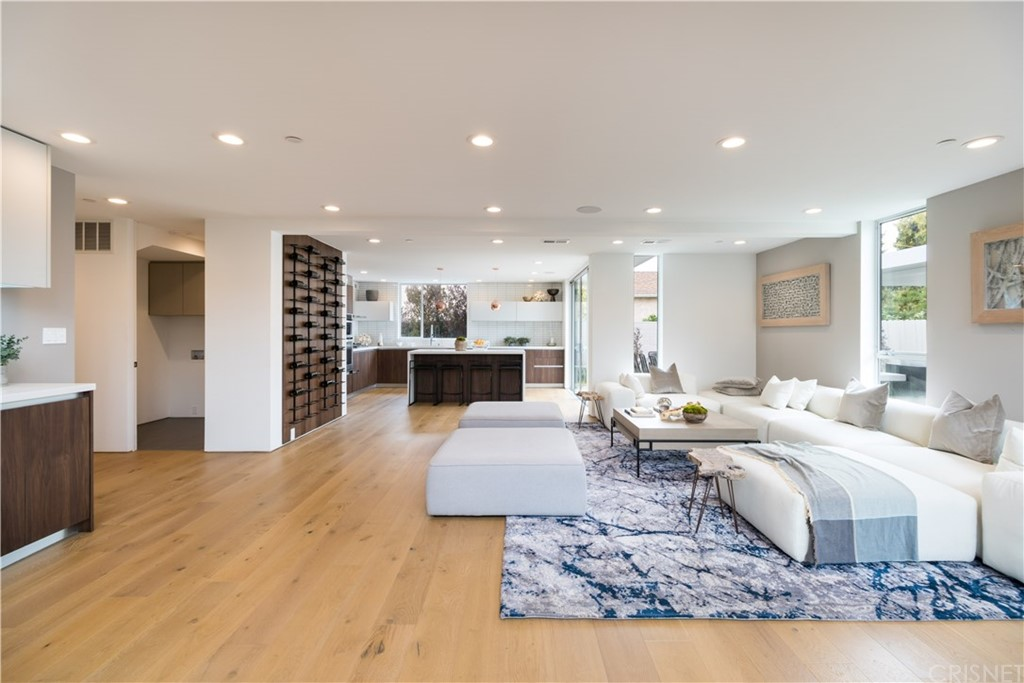 Property for sale at 2801 Armacost Avenue, Los Angeles,  CA 90064