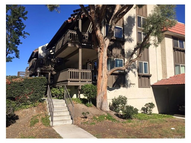 27661 Nugget Drive 4, Canyon Country, CA 91387