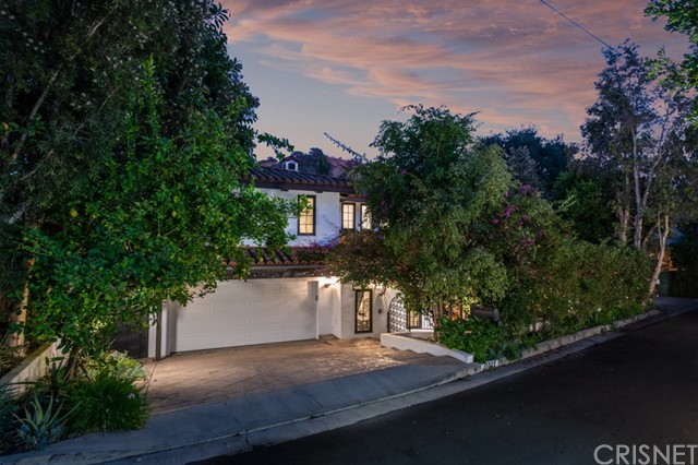 Photo of 15023 Encanto Drive, Sherman Oaks, CA 91403