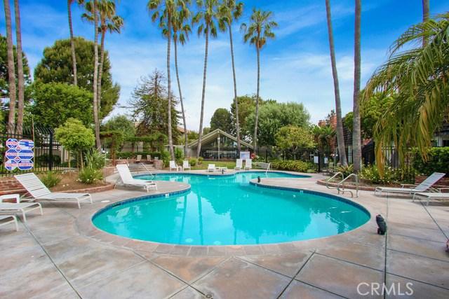 16686 BAREFOOT Circle, Huntington Beach, CA 92649