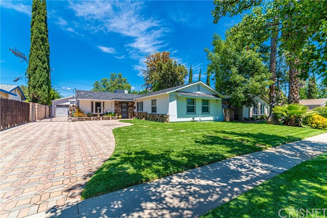 Photo of 23037 Windom Street, West Hills, CA 91307