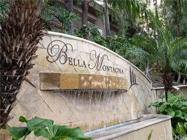 Photo of 5210 Premiere Hills Circle #232, Woodland Hills, CA 91364