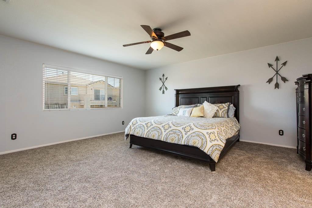 37512 Lemonwood Drive, Palmdale CA: http://media.crmls.org/mediascn/d162770d-3d9f-4399-9355-76ebe6a38715.jpg