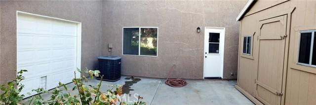 41433 Sequoia Avenue, Palmdale CA: http://media.crmls.org/mediascn/d1d7e444-527d-4bb7-bc37-8a8c2ed8e6cf.jpg