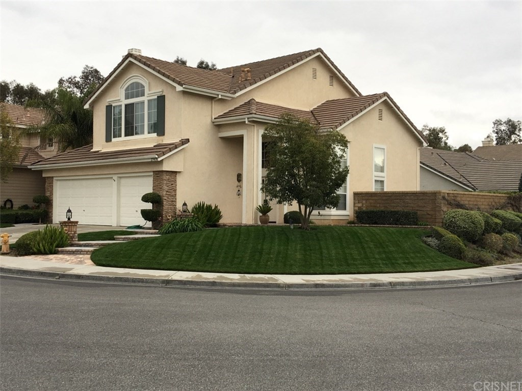 Property for sale at 27476 Bridgewater Drive, Valencia,  CA 91354