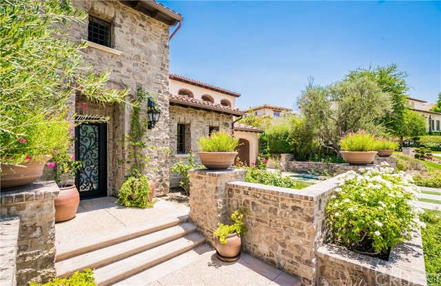 25825 OAK MEADOW DRIVE, VALENCIA, CA 91381  Photo 3