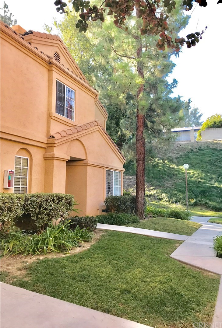 Property for sale at 18742 VISTA DEL CANON #A, Newhall,  CA 91321
