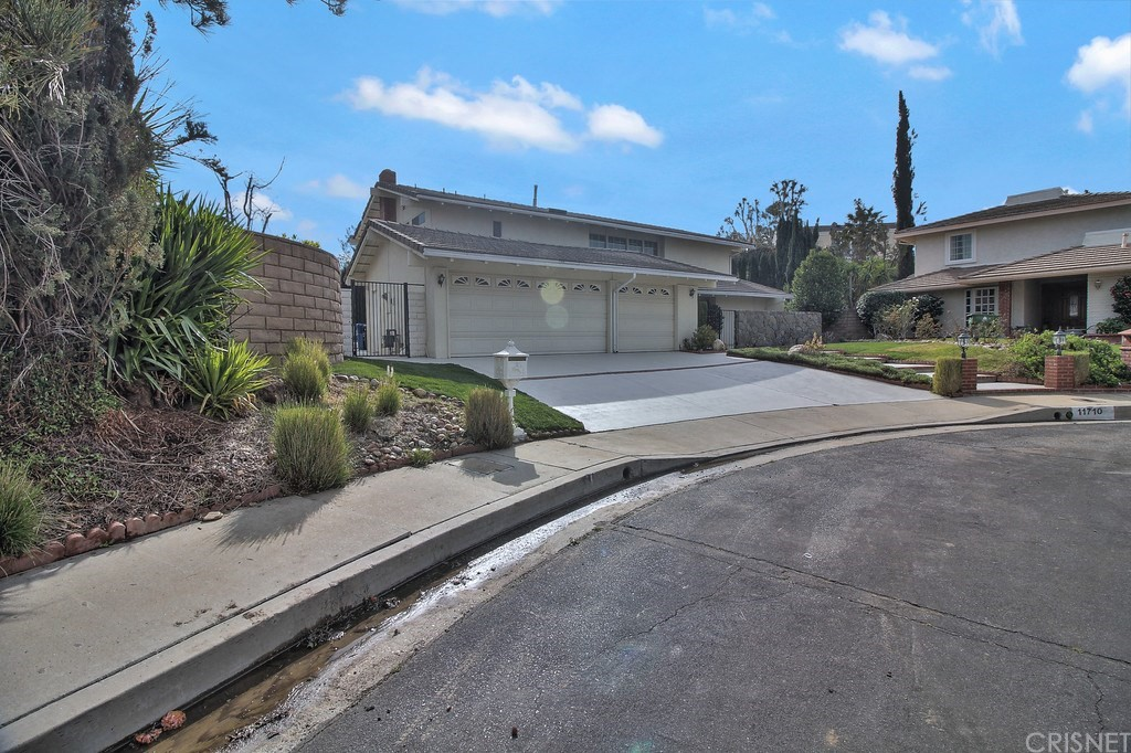 11710 Pine Valley Place, PORTER RANCH, CA 91326