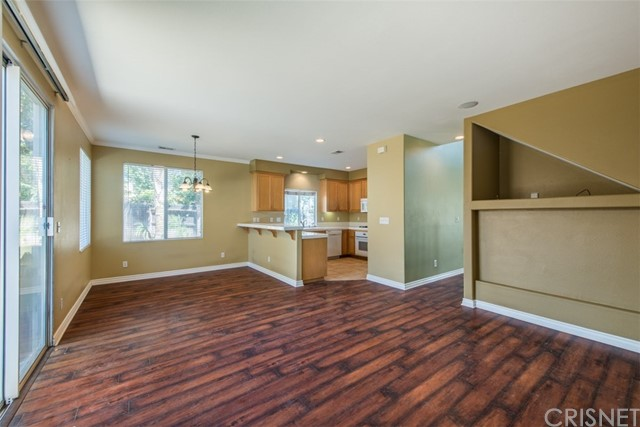 8205 Quakertown Avenue Winnetka, CA 91306 - MLS #: SR17221305