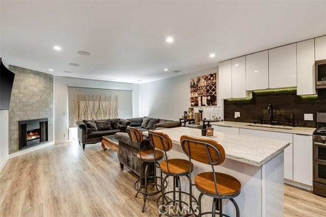 4702 Fulton Avenue 208  Sherman Oaks CA 91423