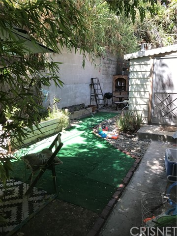 Additional photo for property listing at 817  Robinson Street 817  Robinson Street Los Angeles, California 90026 United States