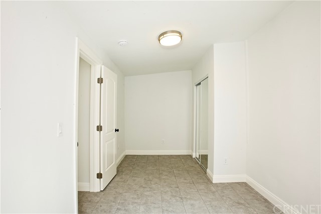 8660 Sharp Avenue, Sun Valley CA: http://media.crmls.org/mediascn/d31a4317-9b8d-4b22-b936-56f287f3db14.jpg