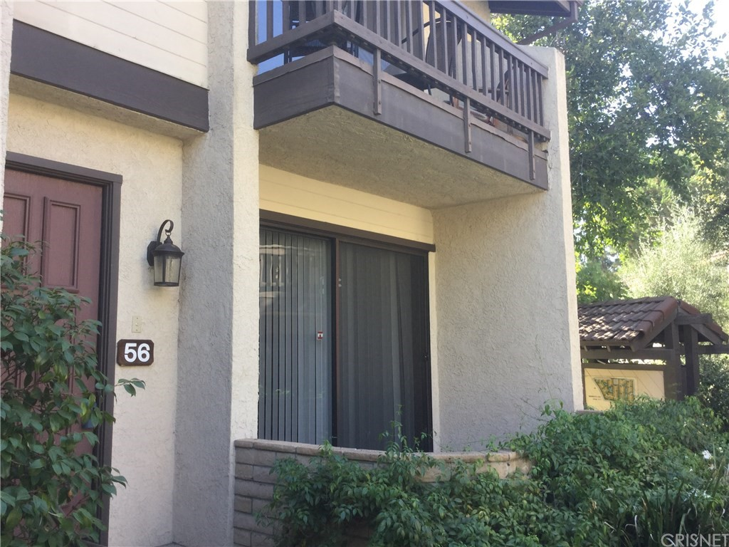 Photo of 21800 MARYLEE STREET #56, Woodland Hills, CA 91367