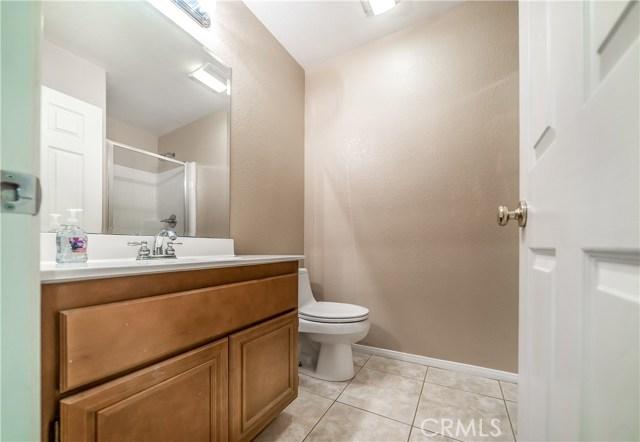 4544 W Avenue J3, Lancaster CA: http://media.crmls.org/mediascn/d329071f-c18d-4906-a4a9-69eda71d89c2.jpg