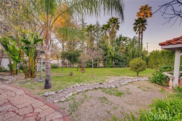 23135 Dolorosa Street, Woodland Hills CA: http://media.crmls.org/mediascn/d3559470-9267-4b5b-8a5d-73d7e7aa51e3.jpg