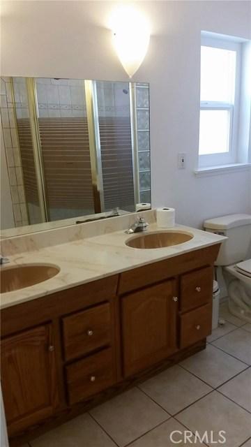 Single Family Home for Rent at 9948 Comanche Avenue Chatsworth, California 91311 United States