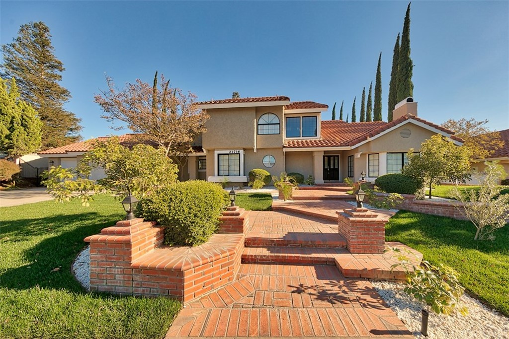 Photo of 21716 PARVIN DRIVE, Saugus, CA 91350