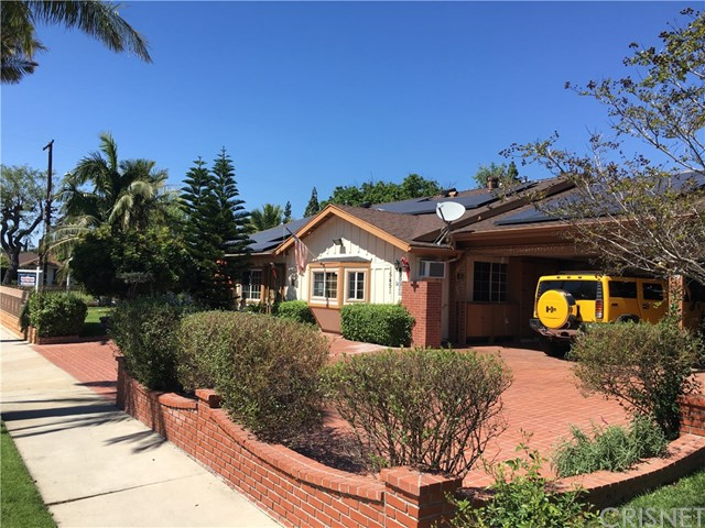 Single Family Home for Sale at 15451 Superior Street North Hills, California 91343 United States