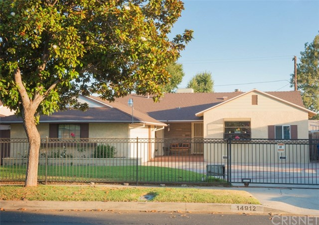Single Family Home for Sale at 14912 San Jose Street Mission Hills, California 91345 United States